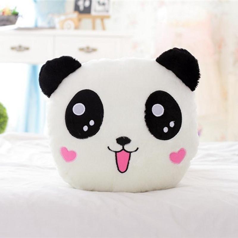 可爱熊猫卡通抱枕毯子两用靠垫大号汽车办公室午休空调毯三合一