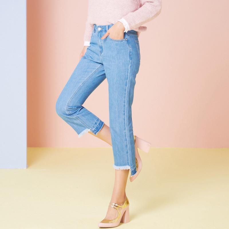 斯邦威2018春装新款牛仔裤女宽松直筒毛边长