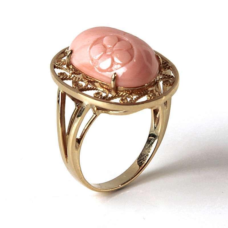 纯天然momo红珊瑚戒指雕刻花朵粉色蛋面