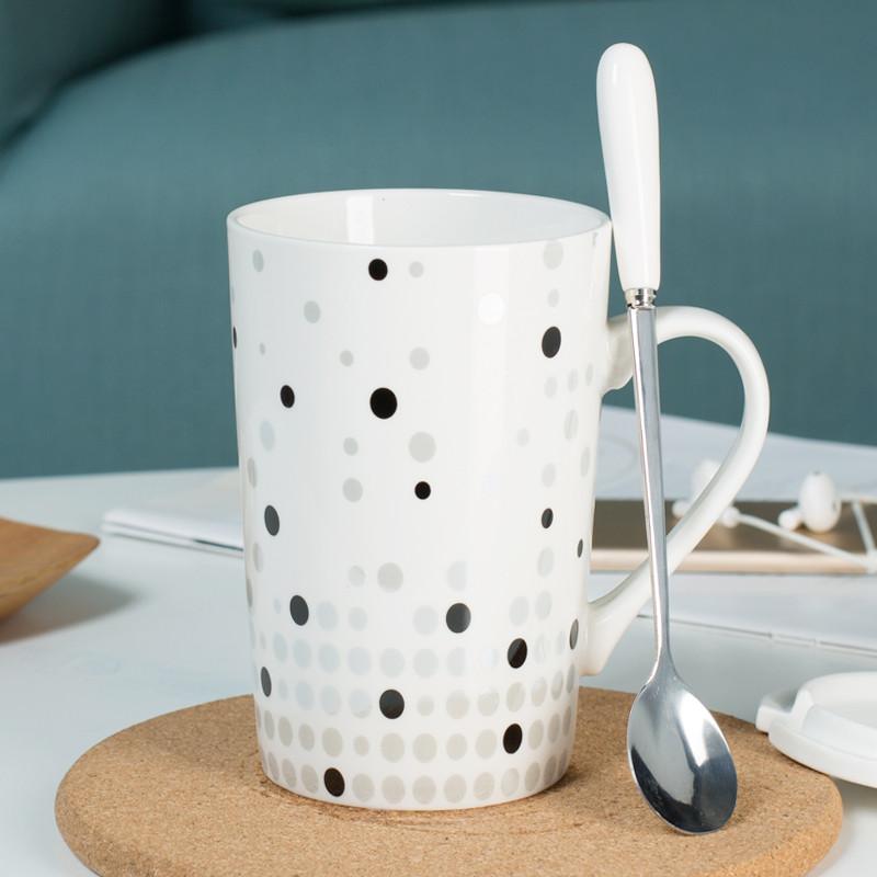 简约陶瓷杯子创意情侣喝水杯马克杯咖啡牛奶杯带盖勺大容量 星梦奇缘
