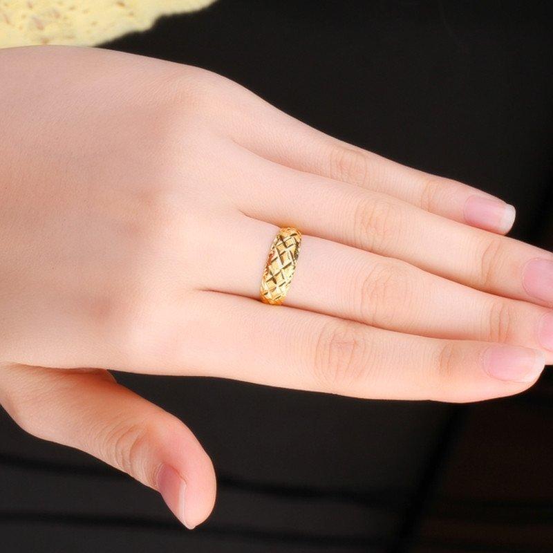 菱形花纹黄金戒指