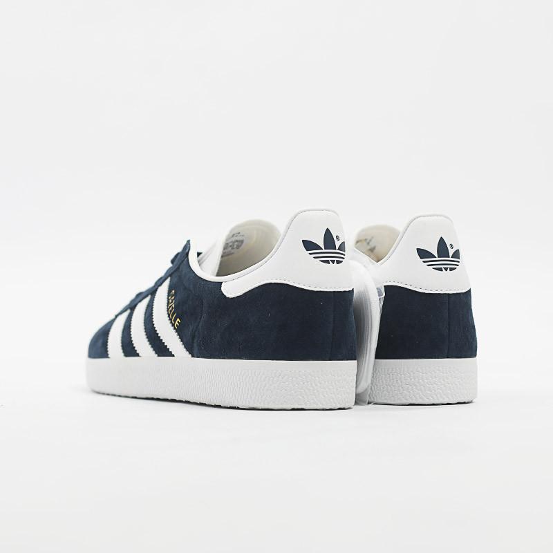 adidas阿迪达斯三叶草新款运动鞋男鞋休闲鞋bb5478