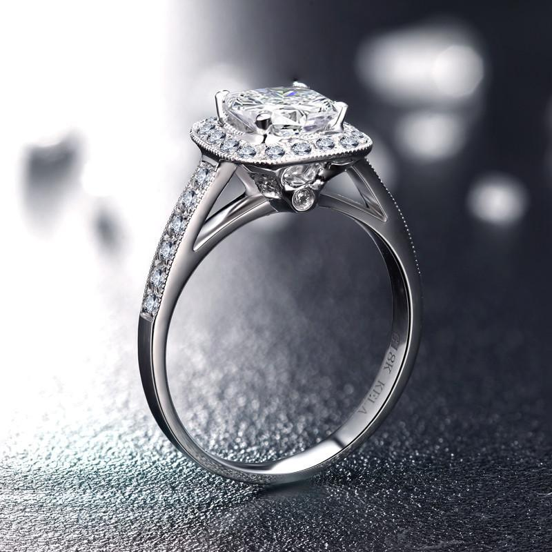 3克拉公主方群镶豪华款结婚钻戒女钻石戒指s 唯美 部分指圈号需定制