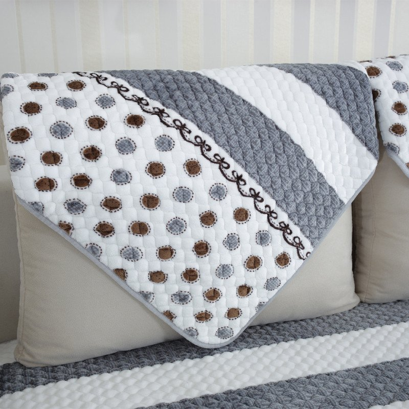 高档法兰绒加厚沙发垫欧式简约现代坐垫毛绒皮沙发巾