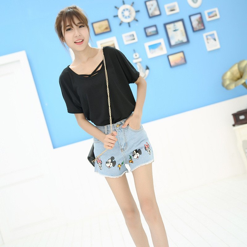 琳朵儿新款韩版少女装牛仔裤可爱卡通米奇印花牛仔毛边短裤热裤537