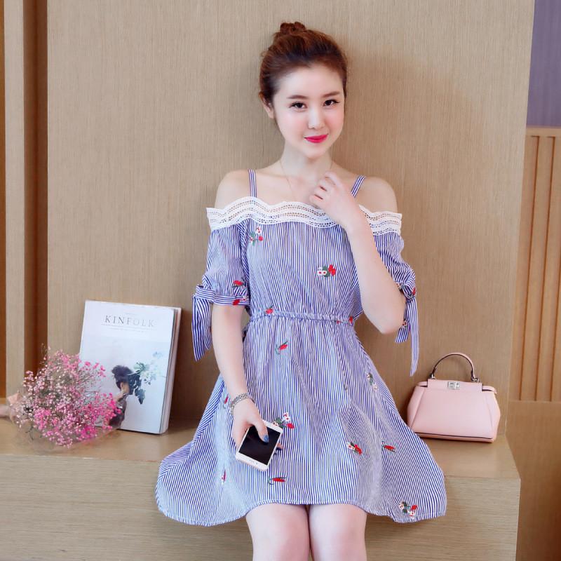 琳朵儿夏装新款甜美可爱风绣花格纹吊带韩版收腰连衣裙