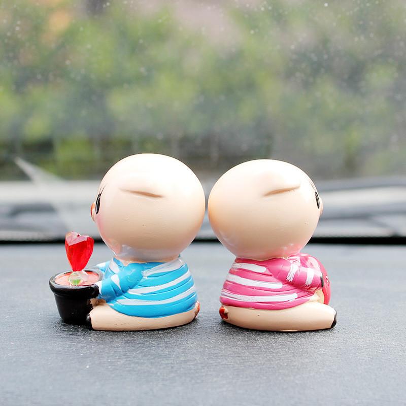 友用汽车摆件可爱love猪爸猪妈情侣娃娃汽车摆件创意车载装2个装