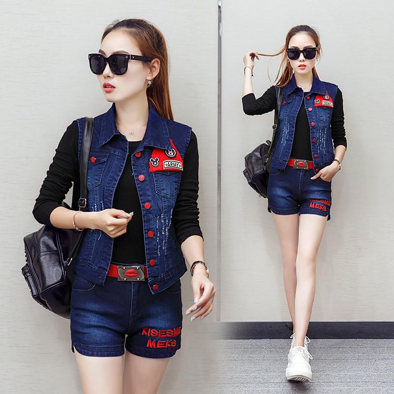 2017春新款韩版时尚套装女牛仔马甲短外套短裤针织打底衫三件套