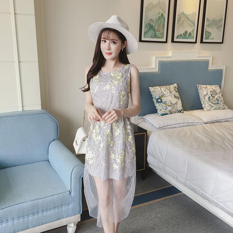 蕾丝蓬蓬裙连衣裙中长款网纱