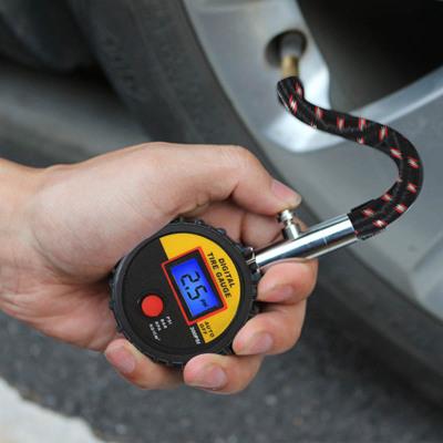 巨木汽车轮胎气压表胎压表胎压监测器多功能数显高精度胎压计放气 高精度长管胎压计