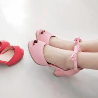 卓胜基连儿童和韩版小女孩衣裙鞋女生高跟鞋蝴意思呵呵公主说是什么图片