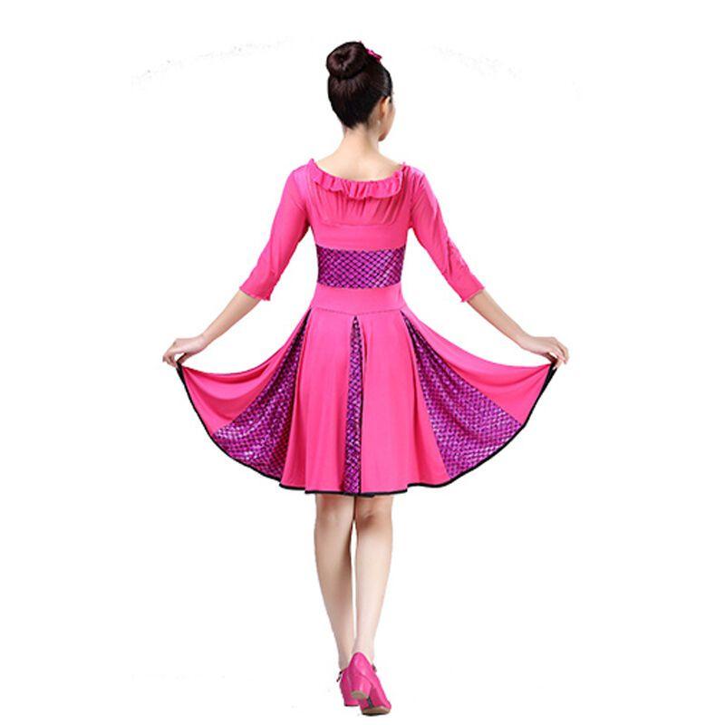 广场舞服跳舞裙子舞蹈中老年表演服牛奶丝演出服亮片连衣裙套装