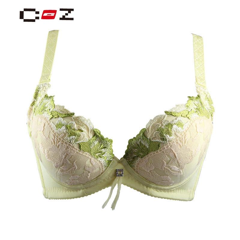 CZ潮流品牌内衣文胸聚拢调整型平胸小胸厚杯