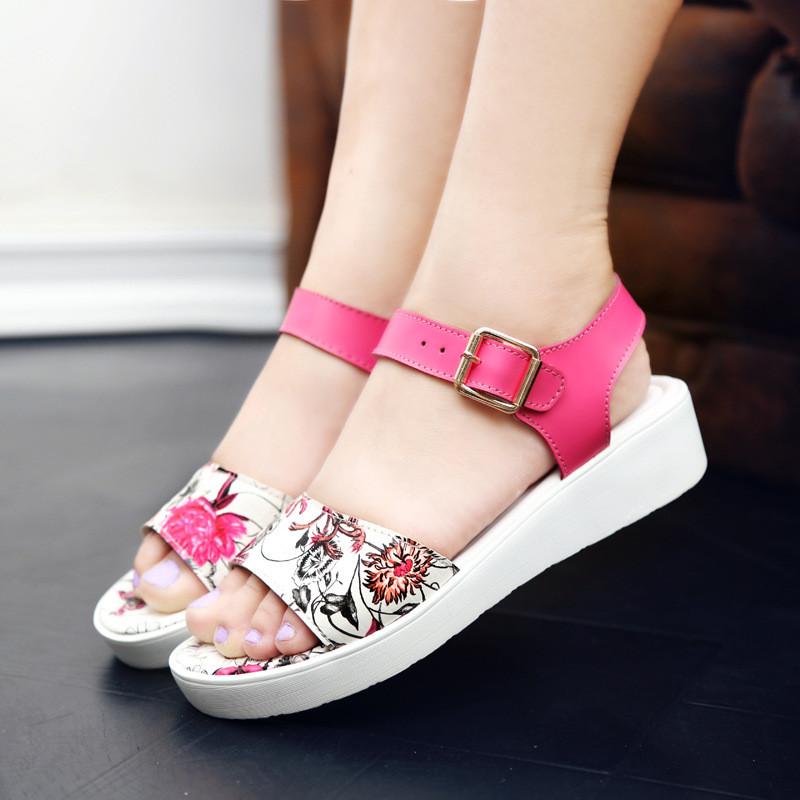 2017夏季女凉鞋红色花纹一字拖鞋凉鞋金属搭扣