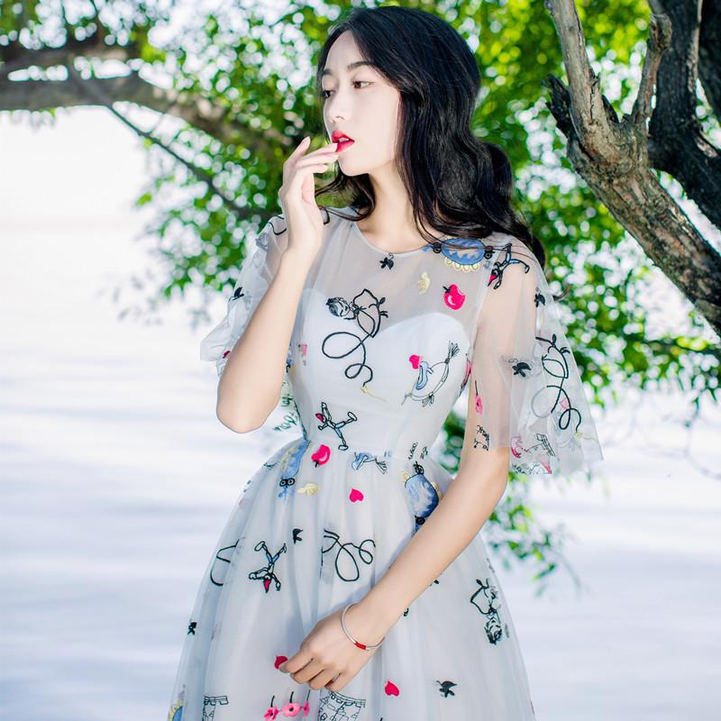 娉语2018夏季新款雪纺刺绣连衣裙学生小清新旅游度假长裙小仙女大摆裙