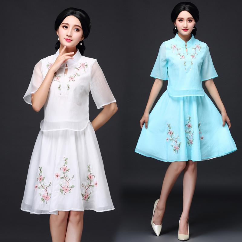 娉语2018新款时尚旗袍套装 民族风复古改良少女绣花旗袍两件套