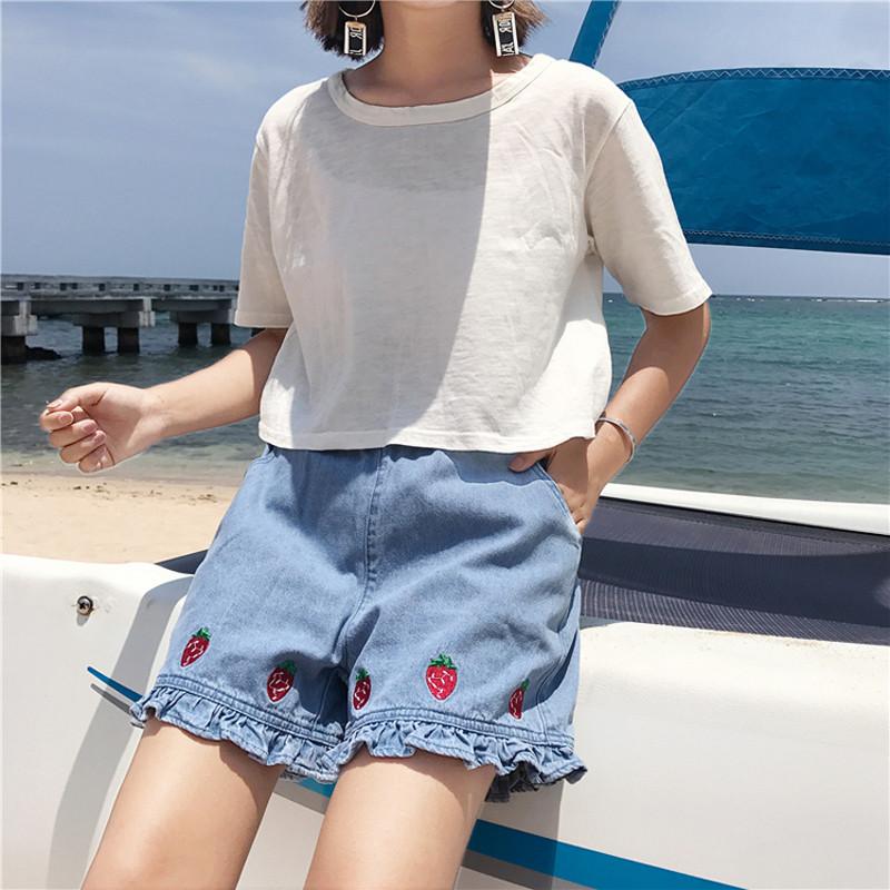828新款日系软妹学院风百搭可爱草莓刺绣牛仔裤短裤女