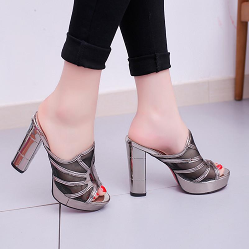 性感设备女外穿品牌新款韩版百搭粗跟高跟鞋厚底防滑包覆拖时尚鱼嘴鞋一字式密封条拖鞋图片