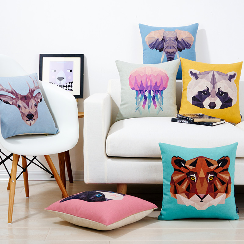 新款几何色块拼接动物沙发抱枕棉麻北欧汽车靠枕含芯腰靠