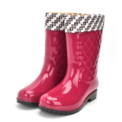 加絨雨鞋女士中筒保暖雨靴防滑女式水鞋高筒膠鞋加棉水靴套鞋mlb